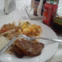 Photo taken at Restaurante Tavares by Leandro R. on 11/20/2013