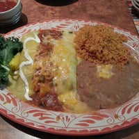 Photo taken at Abuelo's Mexican Restaurant - Peoria by Young F. on 4/30/2013