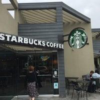 Photo taken at Starbucks by Hubert A. on 6/8/2016