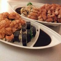 Photo taken at Sushi Hokō-Ki by Erick P. on 4/10/2013