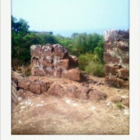 Photo taken at Chapora Fort by Митя Ш. on 3/9/2013