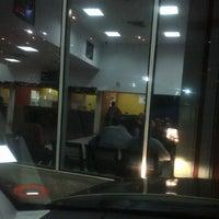 Photo taken at Terminal de Rodovias de Venezuela by Anny V. on 11/22/2012