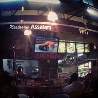 Photo taken at Restoran Assalam by Adunk N. on 8/12/2013