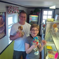 Photo taken at Moser's Ice Cream Caboose by Saverio R. on 8/27/2014