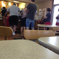 Photo taken at Wendy's by Nadja R. on 8/15/2013