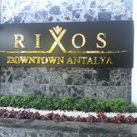 4/25/2013 tarihinde Lewen+ S.ziyaretçi tarafından Rixos Downtown'de çekilen fotoğraf