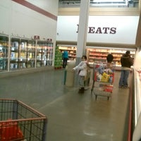 Photo taken at BJ's Wholesale Club by Eddie G. on 2/1/2013
