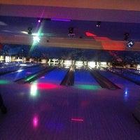 Photo taken at Bird Bowl Bowling Center by Aida on 9/13/2013