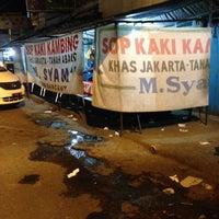 Photo taken at Sop Kaki Kambing M. Syam by syenni g. on 11/5/2014