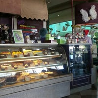 Photo taken at Dessert Factory by Jhella L. on 11/18/2012