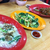 Photo taken at Yi Heng Food Court by Amigo on 5/26/2013