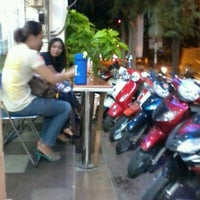 Photo taken at Tapitea by Riccardo C. on 9/19/2012