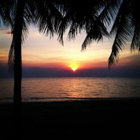 Photo taken at Bang Saen Beach by ALoHa Van on 12/18/2012