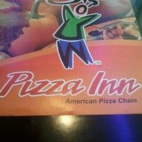 Photo taken at Pizza Inn Uttara by Mojjammil T. on 12/1/2012