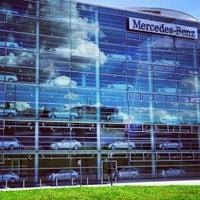 Photo taken at Mercedes-Benz Niederlassung München by Ivan on 9/28/2012