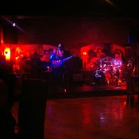 Photo taken at Oliver Twist by Dominique D. on 10/21/2012