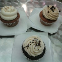 Photo taken at Frost Cupcake Factory by Larz on 9/30/2012