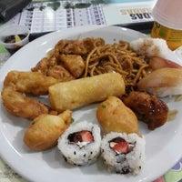 Photo taken at Jin Jin Wok Gastronomia Asiática by Rafael C. on 10/19/2012