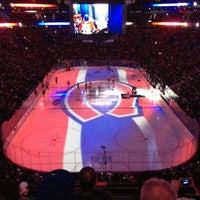 Photo taken at Bell Centre by Marie-Lou on 4/1/2013