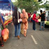 Photo taken at Pasar Malam Bandar Baru Bangi by Wani on 3/26/2013