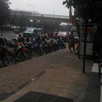 Photo taken at Terminal Kampung Rambutan by Ediet K. on 3/18/2014