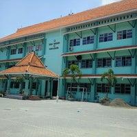 Photo taken at SMA Negeri 13 Surabaya by Mega R. on 10/14/2012