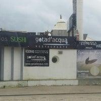 Foto tirada no(a) Carcavelos Sushi por Nuno C. em 12/19/2012