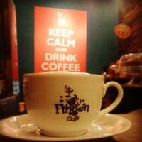 Photo taken at Fingen Café by Rubens N. on 4/22/2013