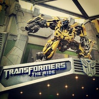 Photo taken at Transformers The Ride: The Ultimate 3D Battle by Mohd Shahrol J. on 12/12/2012