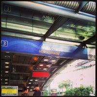 Photo taken at MRT Huai Khwang (HUI) by Masashi M. on 6/30/2013
