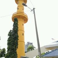 Photo taken at Masjid Qariah Teluk Kemang by Rais B. on 11/2/2016