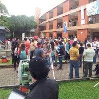Photo taken at Universidad de Costa Rica by Gustavo L. on 9/19/2013