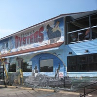 Photo taken at Ropewalk - A Fenwick Island Oyster House by Mark E. on 8/31/2013