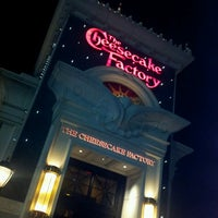Photo taken at The Cheesecake Factory by Hanouf M. on 6/23/2013