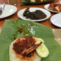 Photo taken at Nasi Lemak Saleha@Kampung Pandan by Syahidah M. on 7/30/2016