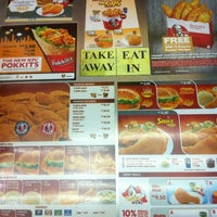 Photo taken at KFC by Khudrie A. on 10/23/2012