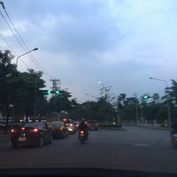 Photo taken at Rama VI Bridge by ShowpowMay J. on 10/18/2016