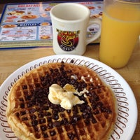 Photo taken at Waffle House by Dale M. on 5/10/2015