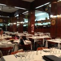 Photo taken at El Palacio de la Papa Frita by Victor F. on 1/29/2013