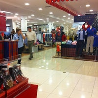 Photo taken at Macy's by RLA Productions S. on 12/21/2012