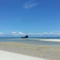 Photo taken at Kunduchi Beach Hotel & Resort by Reşat on 10/11/2015