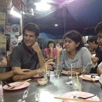 Photo taken at โหงวโภชนา by Sulaksana P. on 1/4/2012
