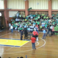 Photo taken at Colegio Santa María Marianistas by Kattee U. on 10/11/2012