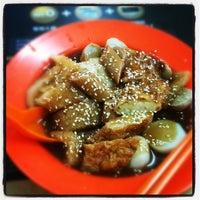 Photo taken at Restaurant Big Family 大家美食中心 by Jaycee G. on 9/26/2012
