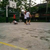 Photo taken at Basketball Court Prima Avenue (PADI) by Zainee O. on 12/25/2013