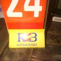 Photo taken at Roti Bakar Eddy by Maria S. on 12/5/2012
