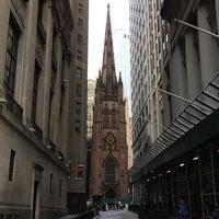 Photo taken at NYSE Euronext by Yuri ~. on 10/4/2014
