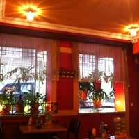Photo taken at Pizza Ollis by Tatyana R. on 1/26/2013