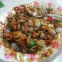 Photo taken at Restaurante Harumaki by Danilo S. on 10/3/2012
