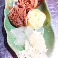 Photo taken at Ni Ice Cream by Khun ⒶⓄⓂ  ♩♪♫ on 12/2/2016